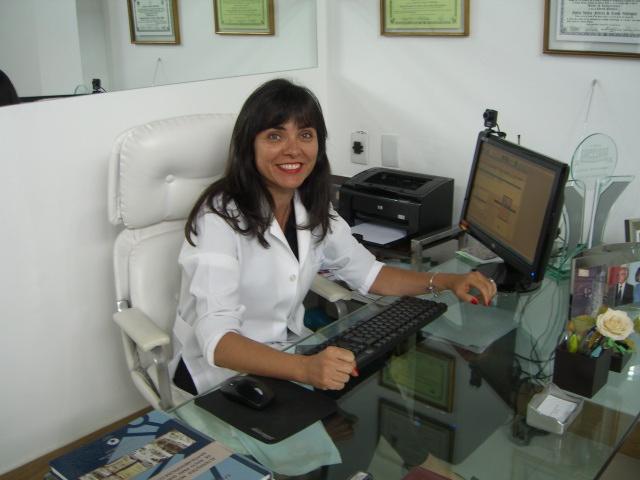 Prof. Dra. Sylvia Helena Ferreira da Cunha